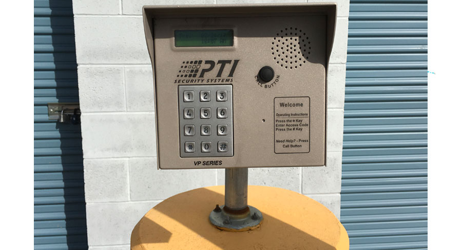 Computer Controlled Gate Access System  sc 1 th 165 & Storage Units | Petaluma CA | Petaluma Self Storage